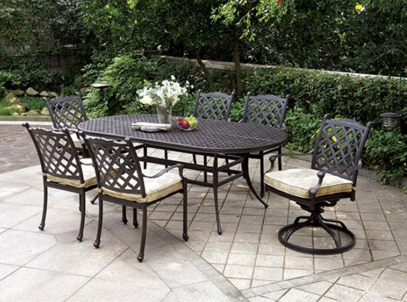 Chiari Aluminum Outdoor Patio Dining Table Set