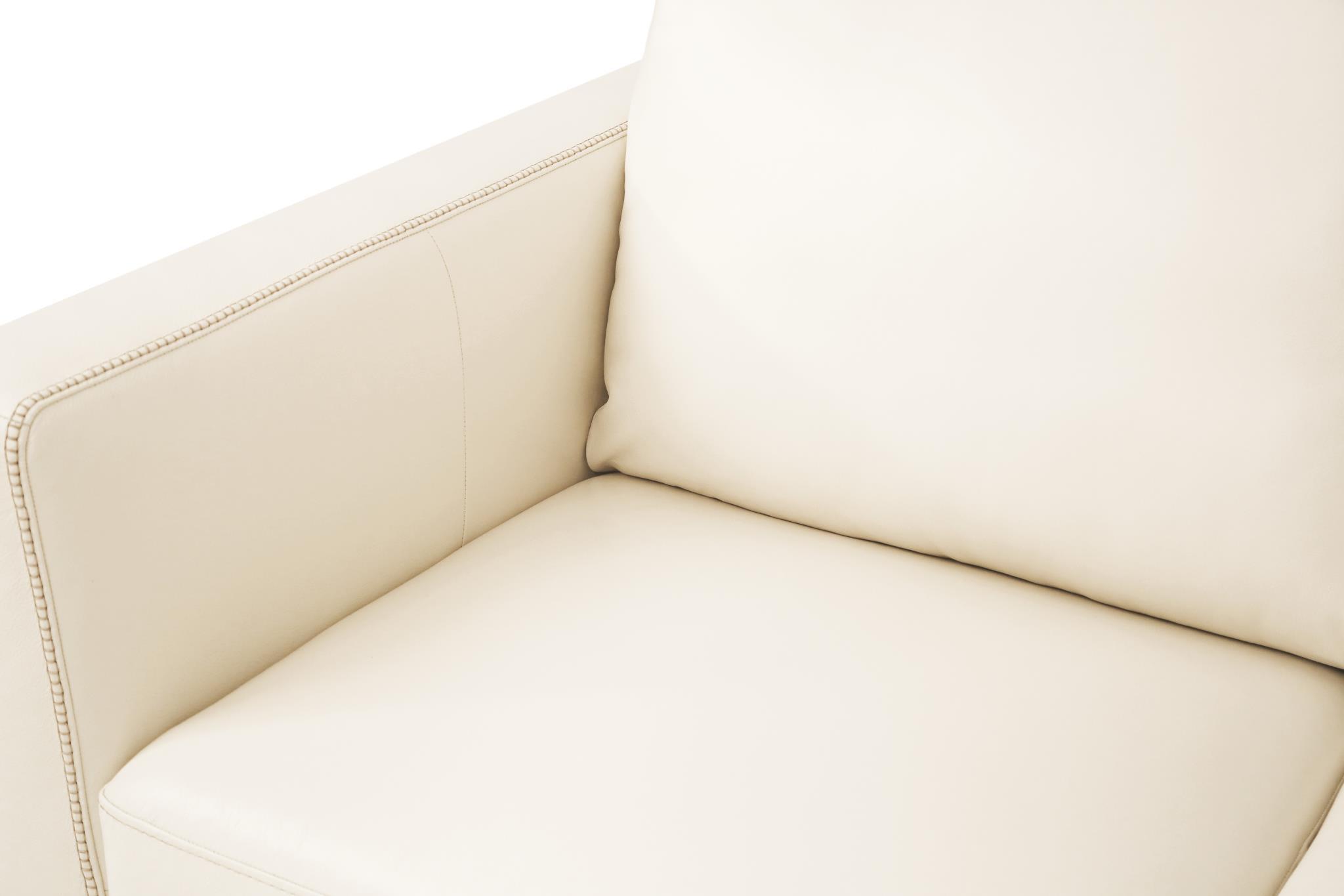 Cream Cushion Details