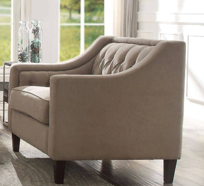 Suzanne Button Tufted Chair. Chair