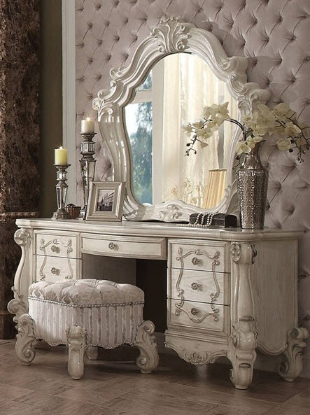 Vanity Desk W/Mirror & Stool