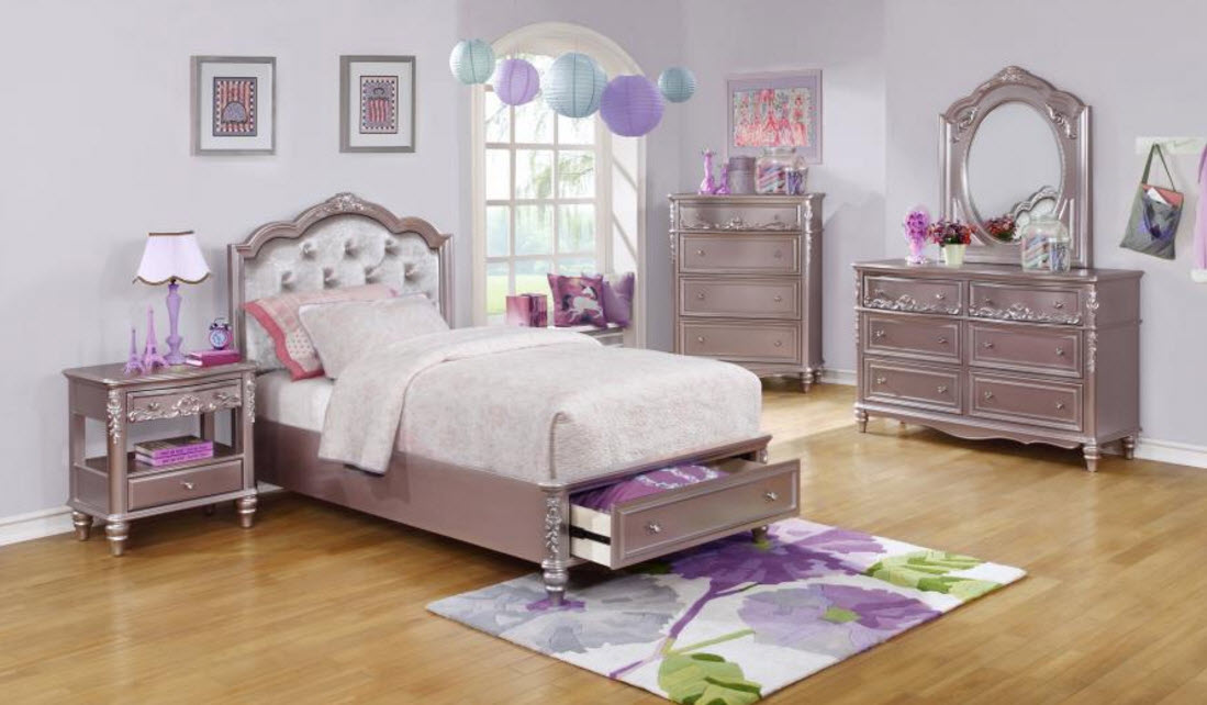 Caroline Storage Bed W Diamond Tufted